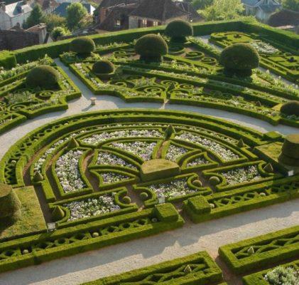 Французский стиль в ландшафтном дизайне сада